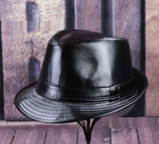"""Шляпа """"Кожаная"""" черная"""