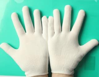 Перчатки белые универсальные