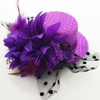 Шляпка-заколка с пайетками