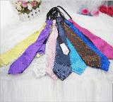 Эстрадный галстук с пайетками разных цветов