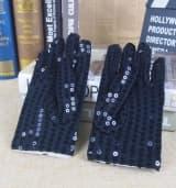 Перчатки эстрадные блестящие с пайетками черные